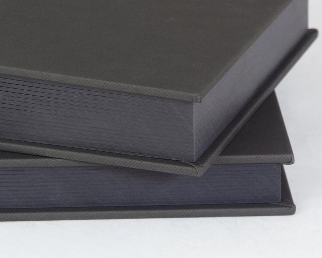 Artisan Charcoal/Black 8x10 Slip-in album